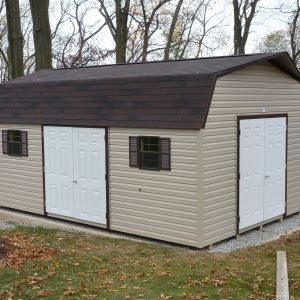 12x20 Hi-Side Barn With Vinyl Siding